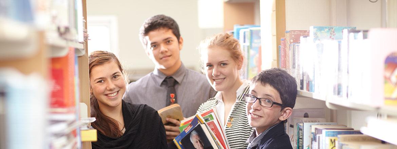 布罗姆斯格罗夫国际学校