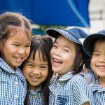 曼谷哈罗国际学校的幼儿园小朋友开心的在一起玩耍