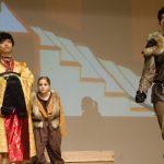 查德威克国际学校的学生在舞台表演