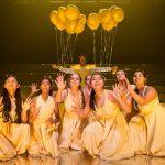 UWC东南亚的学生舞台表演