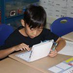 拉各斯美国国际学校的学生在认真学习