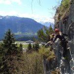 布里兰特蒙特国际学校的学生攀岩