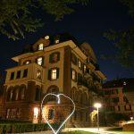 布里兰特蒙特国际学校的教学楼夜景