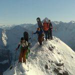 人文学院的学生在登雪山