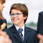 萝实学院的戴眼镜小男孩