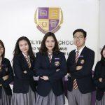 奥林匹亚学校的学生参加演讲比赛合影