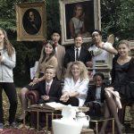 罗森堡学院的学生表演话剧