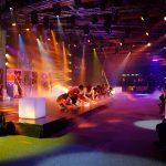 罗森堡学院的学生进行舞台表演