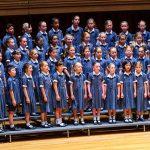 新加坡澳洲国际学校的合唱团表演