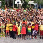 加纳国际学校的学生们集体大合影