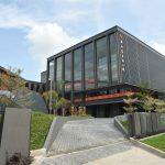 华中国际学校的教学楼和校园