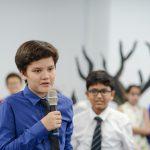 海外家庭学校的学生演讲
