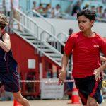 海外家庭学校的学生在比赛场上拼搏
