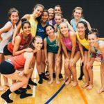 新加坡美国学校的女子拉拉队