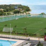 嘉德圣玛丽森林城市学校校园的足球场