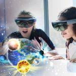 斯坦福美国国际学校的学生戴着VR眼镜