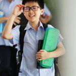 东陵信托学校的学生开心走进校园